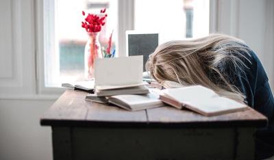 uncomfortable mattress sleep problem